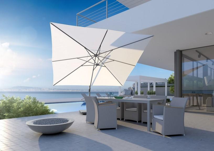 Parasol na wysięgniku – idealny towarzysz na tarasie i w ogrodzie