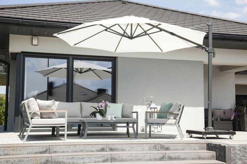 Stojak pod parasol ogrodowy – jaki model wybrać?